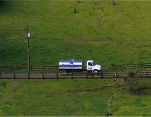 Camión en finca Trebolac