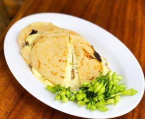 Tortillas de Loroco y Queso Capas Trebolac