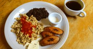 Típico Chapín desayunos con Sabor A Guate