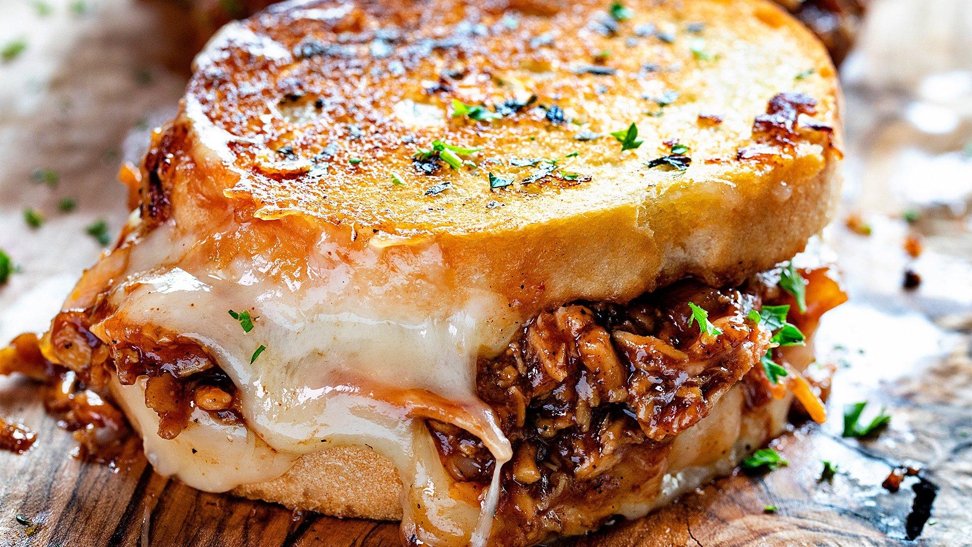 Grilled BBQ Sandwich con Queso Mozzarella Trebolac