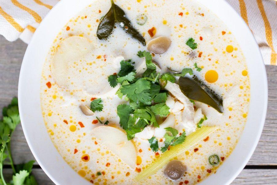 Sopa Thai de Pollo y leche
