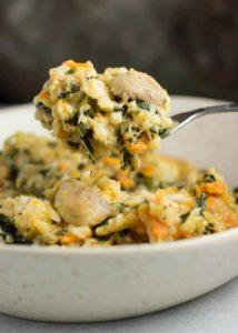 Caserola cremosa de arroz, mozzarella y camote