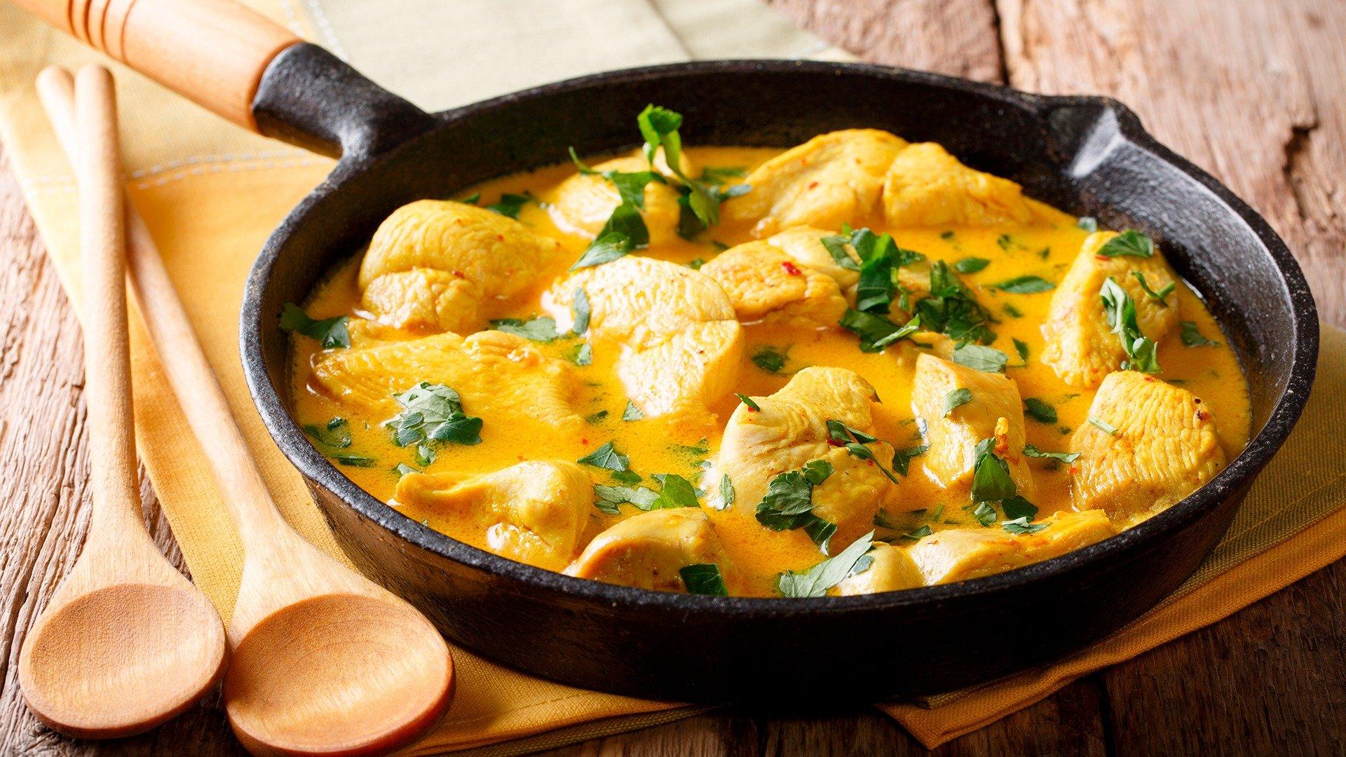 Estofado cremoso de pollo y mostaza